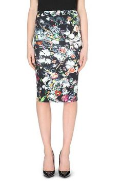 Love this pencil skirt