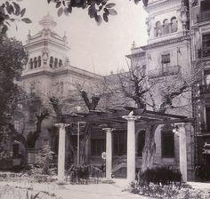 Plaza de Gabriel Miró - Edificio de Correos