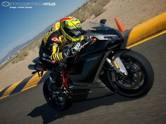 Ducati wants a piece of the Supersport pie with its race-bred 848 EVO.