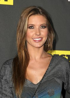 Audrina Patridge always has the prettiest hair color.