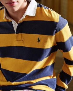 The most popular men's Ralph Lauren polo shirts are the most striking and invaluable addition to your outerwear collection. Outfits Con Camisa, Polo Shirt Outfits, Polo Outfit, Preppy Outfits, Collared Shirt Outfits, Mens Rugby Shirts, Polo Rugby Shirt, Ralph Lauren Hombre, Polo Ralph Lauren