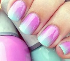 Gorgeous beachy manicures you can do at home - perfect nail art for summer! @cyndiagreen