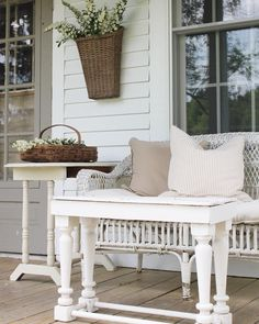 31 The Best Small Front Porch Ideas To Beautify Your Home - Where did all the front porches go? Many homes today have very small porches. Although front porches are making a comeback many people have asked what. Farmhouse Front Porches, Small Front Porches, Rustic Farmhouse, Farmhouse Style, Farmhouse Ideas, Front Deck, Front Entry, Farmhouse Design, Front Doors