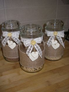 Easy Crafts Ideas at Home Here are some of the most beautiful DIY projects you can try for your self at home If you enjoyed this DIY room dec. Jam Jar Crafts, Bottle Crafts, Diy Crafts To Sell, Home Crafts, Easy Crafts, Sheet Music Decor, Mason Jar Diy, Lace Mason Jars, Jar Art