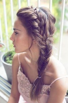 Bohemian Side Braid: Braided Hairstyles for Long Hair @cyndiagreen Wedding Beauty, Wedding Updo, Wedding Bridesmaids, Wedding Makeup, Side Hairstyles, Latest Hairstyles, Bridesmaid Hairstyles, Wedding Hairstyles, Wedding Hair Inspiration