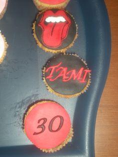Cupcakes para el cumpleaños de una rockera!!