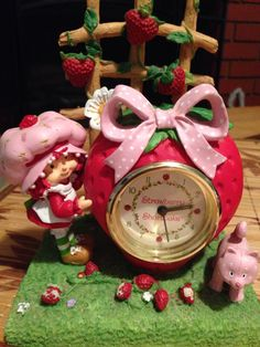 Strawberry shortcake clock ! So pretty !
