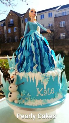 Elsa/ Frozen Doll Cake                                                                                                                                                      More