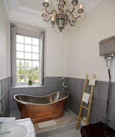 Aristocratic Soak in Downton Abbey house