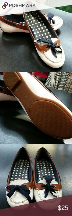 Sperry NWT Shoes Flats & Loafers