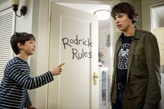 Film Diary of a Wimpy Kid: Rodrick Rules adalah film kedua dari seri film komedi remaja yang berjudul sama. Melanjutkan kisah dari film pertamanya, sekuel ini juga diadaptasi dari novel karya Jeff Kinney yang dipublikasikan pada tahun 2008. David Bowers menjadi sutradara dari film bergenre komedi ini. Di sisi lain, Jeff Judah dan Gabe Sachs […] More The post Review Sinopsis Film Diary of a Wimpy Kid: Rodrick Rules (2011), Permusuhan Lucu Antar Kakak Adik appeared first on Sinopsistamura.co Devon Bostick, Wimpy Kid Movie, Zachary Gordon, Male Movie Stars, Zack E Cody, Brad Simpson, Kids Diary, Kid Memes, Drinking Games