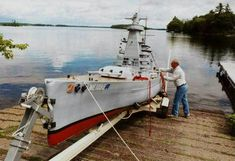 how to build a Rc Ww2 Battleship | ... Supermodel (Builds 30 ft. replica of Graf Spee battleship from WWII
