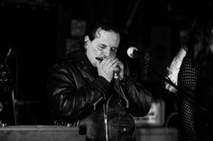 Real de Catorce es una banda de blues nacida de las entrañas vertientes del  compositor y bluesista ... Couple Photos, Couples, Musica, Composers, Get A Life, Band, Couple Pics, Couple Photography, Couple