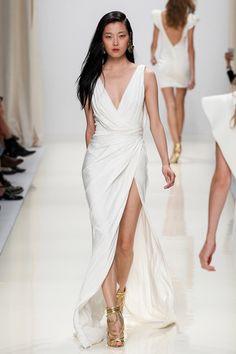 Valentin Yudashkin Spring 2014 Ready-to-Wear Collection Slideshow on Style.com