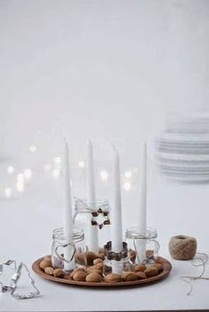 In Denmark we count down to Christmas Evening (yes, that is our big day) with advent candlesticks with four candles. Four sundays before Christmas we lit a candle, next Sunday two candles and so on. This is a personal DIY advent candlestick. Christmas Advent Wreath, Noel Christmas, Winter Christmas, Christmas Crafts, Christmas Candles, Swedish Christmas, Scandinavian Christmas, Decoration Table, Xmas Decorations