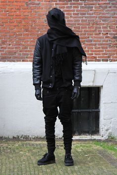 Find more dopeness at http://www.concrete-elite.tumblr.com, the street style syndicate.