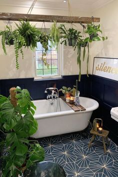 Stunning bathroom with gorgeous hanging plants andart deco tiles #aesthetic #interiordesign #bohemian Casa Hipster, House Plants Decor, Plant Decor, Inside House Plants, Big Bathrooms, Yellow Bathrooms, Sweet Home, New Homes, Home And Garden