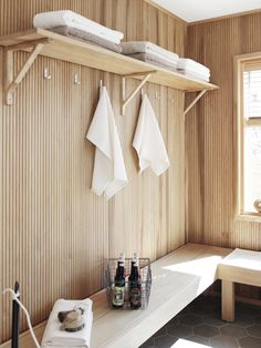 Shelves for sauna Saunas, Home Spa Room, Spa Rooms, Sauna House, Sauna Room, Decor Inspiration, Bathroom Inspiration, Bathroom Interior, Interior Design Living Room