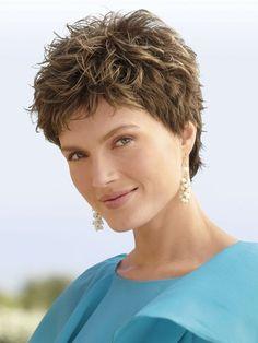 Elmúltál 35-40? Mutatunk néhány frizuratippet, amivel 10 évet is letagadhatsz! |