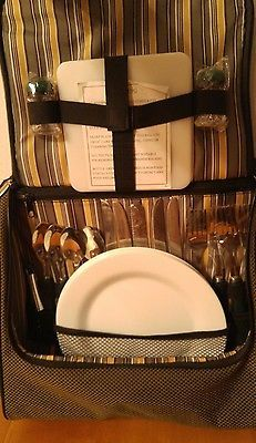 4 person Picnic set insulated messenger bag stainless steel utensils 3 Plates