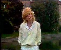 Iveta Bartošová - Málo me zná 1987