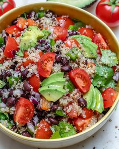 Black Bean Quinoa Chopped Salad for Light and Fresh Clean Eats! - Black Bean Quinoa Chopped Salad for Light and Fresh Clean Eats! Clean Eating Vegetarian, Clean Eating Diet, Healthy Eating, Vegetarian Lifestyle, Ceviche, Vegetarian Crockpot Recipes, Healthy Recipes, Kale Recipes, Avocado Recipes