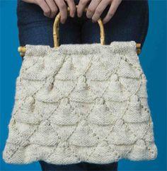 Diamond Pattern Purse Free Knitting Pattern   Bag, Purse, and Tote Free Knitting Patterns at http://intheloopknitting.com/bag-purse-and-tote-free-knitting-patterns/