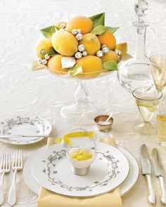 Create a festive table setting perfect for ringing in the New Year at your holiday dinner party. Easter Table Settings, Christmas Table Settings, Holiday Tables, Holiday Dinner, Christmas Tables, Lemon Centerpieces, Shower Centerpieces, Wedding Centerpieces, Wedding Arrangements