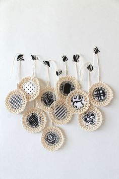 gift tags with crochet trim