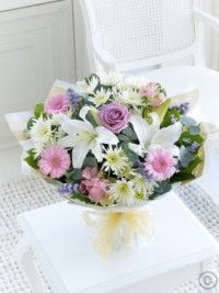 Same day flower delivery Heybridge Maldon by Flowers By Sarah Ann Florist your local flower shop, send flowers, wedding flowers & funeral flowers. Happy Birthday Country, Happy Birthday Flower, Send Flowers, Wedding Flowers, Flowers London, Same Day Flower Delivery, Flowers Delivered, Mom Day, Funeral Flowers