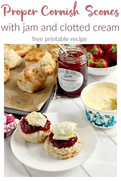 Traditional Cornish scones with jam and clotted cream for National Cream Tea Day 2018 Clotted Cream Recipes, Scones And Clotted Cream, Scones And Jam, Jam Recipes, Sweet Recipes, Baking Recipes, Picnic Recipes, Picnic Ideas, Party Recipes