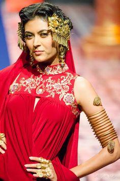 Suneet Varma India Bridal Fashion Week 2013 The Golden Bracelet