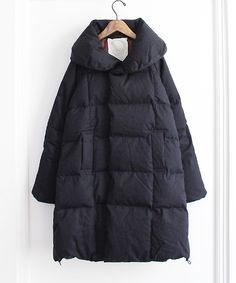 Love this coat, looks so comfy and toasty.