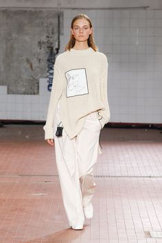 Jil Sander Spring 2019 collection for ready-made clothing: see the full J . knitted ideas Jil Sander Spring 2019 collection for ready-made clothing: see the complete J . Trend Fashion, Fashion Week, Runway Fashion, Spring Fashion, High Fashion, Fashion Outfits, Womens Fashion, Fashion Tips, Fashion Design
