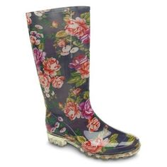 Cizme Miss Fiori Floral Floral Wellies, Rainy Day Fashion, The Great Outdoors, Lady, Rubber Rain Boots, Girly, Rainy Days, Shoes, Style