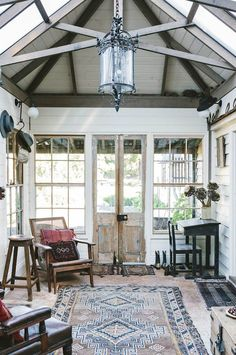 Marnie Hawson, purpose-driven interior, travel and lifestyle photographer — Ewing Farm, Tylden for Country Style magazine Victorian Farmhouse, Victorian Cottage, Industrial Farmhouse, Farmhouse Design, Country Style Magazine, Restored Farmhouse, Sweden House, Estilo Country, Old Farm Houses