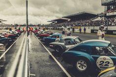 Showcase series featuring the Le Mans Classic photography of Laurent Nivalle. Classic Photography, Car Photography, Le Mans, Shelby Daytona, Car Racer, Vintage Race Car, Steve Mcqueen, Automotive Industry, Car Photos