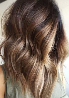 15 Gorgeous Ombre Long Bob Haircuts for Women 2018. Who is looking for unique haircuts and hair colors right now? Women who are searching for latest trends of hair colors to show off right now they are advised to visit this post for most cutest looks of ombre lob styles to wear in year 2018. You know ombre is still in hottest choice among women. So it is best choice for you if you are wanna get newest hair looks.
