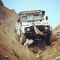 #LandRover enjoying a nice drive - does the road feel a little rough to you? #Challenge #OffRoad
