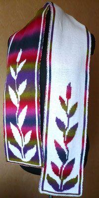 """Blattranke"" (Leaf Vining) Double Knit Scarf   <   Free chart   /   mb"