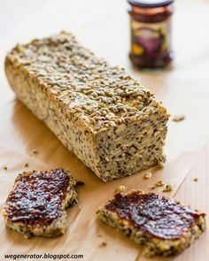 Wegenerator : Chleb jaglany z ziarnami Gluten Free Cakes, Gluten Free Recipes, Snack Recipes, Cooking Recipes, Snacks, Vegan Kitchen, Polish Recipes, Foods With Gluten, Cooking Time