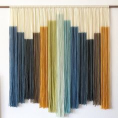 How gorgeous are these string wall hangings by ? She makes macrame art in beautiful natural shades with a slightly retro feel. Check out her Insta - I bet youll be hooked! Macrame Wall Hanging Diy, Macrame Art, Hanging Wall Art, Tapestry Wall Hanging, Wall Hangings, Yarn Wall Art, Large Tapestries, Creation Deco, Idee Diy