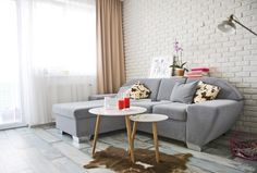 yesss, this wall I have to have :) Home, Holiday Home, House Design, Interior Inspiration, Sofa Design, Sofa, Furniture, Interior, Room