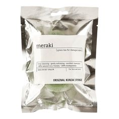 Green tea Konjac sponge for damaged skin. The Konjac sponge is made from pure, natural Konjac dietary fibre. With daily usage it will bring back the natural glow and softness of the skin. Natural Glow, Meraki, Dry Skin, Biodegradable Products, Cleanser, Pure Products, 3 Months, Moose, Powder