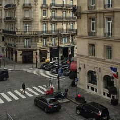 Instagram // siobhanmoloney_ Pinterest // siobhanmoloneyX City Aesthetic, Travel Aesthetic, Paris 3, France 3, Paris France, City Vibe, Aesthetic Pictures, Places To Go, Around The Worlds