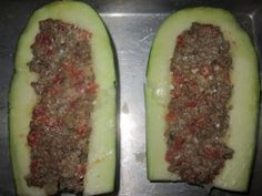 How to Cook Extra Large Zucchini: Stuffed Zucchini Boats Recipe Large Zucchini Recipes, Summer Squash Recipes, How To Cook Zucchini, Zuchinni Recipes, Stuffed Zucchini Recipes, Ww Recipes, Vegetable Recipes, Cooking Recipes, Recipies