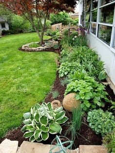 45 Gorgeous Pretty Front Yard and Backyard Garden Landscaping Ideas - Home: Gard. - 45 Gorgeous Pretty Front Yard and Backyard Garden Landscaping Ideas – Home: Garden + Exterior – - Front Yard Landscaping Design, Outdoor Gardens, Landscape Design, Shade Garden, Beautiful Backyards, Landscape, Backyard Garden, Planting Flowers, Backyard
