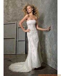 Boutique robe de mariée sans bretelle vintage évasé décorée de perles et cristaux tulle dentelle