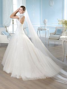 San Patrick wedding dresses are designed with one thing in mind – to make the bride feel like a queen on her wedding day. Wedding Dress Gallery, Wedding Dresses 2014, Wedding Bridesmaid Dresses, Bridal Dresses, Wedding Gowns, Best Wedding Dress Designers, Designer Wedding Dresses, Drop Waist Wedding Dress, Best Gowns