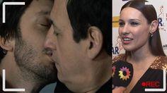 El jugado beso entre Pedro y Guillermo en Farsantes levantó mucha polvareda. La jugada toma despertó críticas muy buenas y algunas polémicas. Pampita, la esposa de Benjamín Vicuña, se refirió a la escena entre su marido y Julio Chávez. ¿Para vos se habrá puesto celosa? Mirá lo que dijo en esta nota.